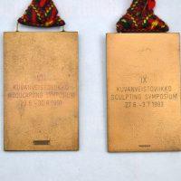 Simposio Internacional De Escultura En Madera Kemijarvi Finlandia 1991 Y 1993 Reverso